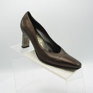 Salvatore Ferragamo Size 6 Dress Shoes For Women